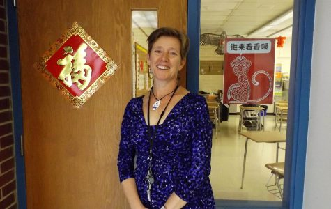 Southern Lehigh Welcomes First American Chinese Teacher, Mrs. Patricia Guock