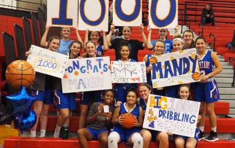 Snyder and Mobley Reach One Thousand Point Mark for Girls Basketball